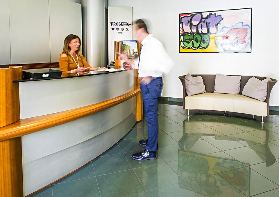 officina carrozzeria desk presenza progetto service